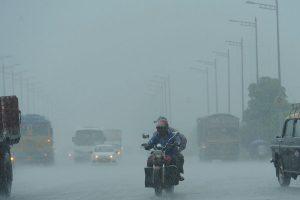 After a brief break, heavy rains lash Mumbai