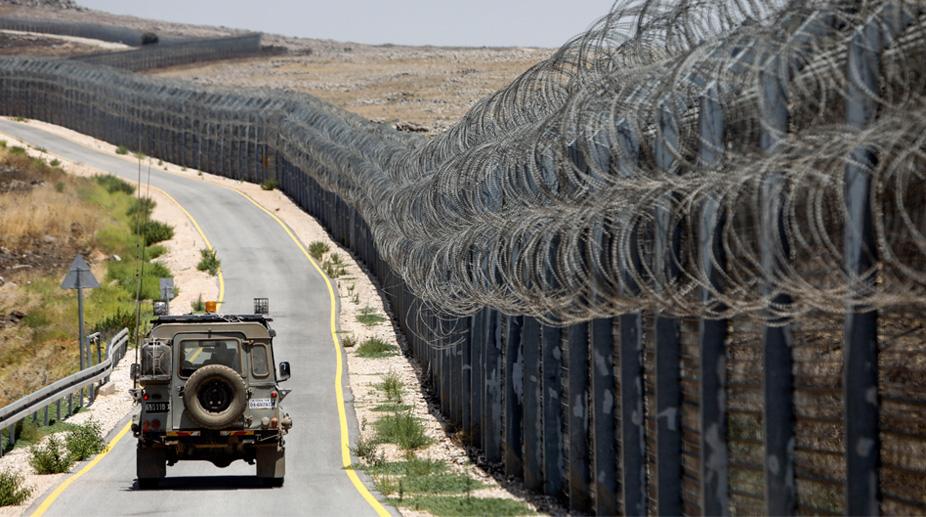 Israeli army, Hamas posts, Gaza Strip
