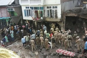 6 killed, 11 injured in J-K cloudburst