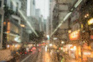 Rains lash Mumbai, slows down rush hour traffic