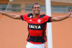 Benfica sign Brazilian forward Daniel dos Anjos