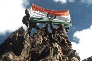 Film celebrities salute Indian soldiers on Kargil Day