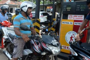Sri Lankan army distributes fuel amid oil workers strike
