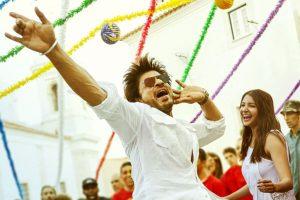 'Radhas' from Mathura send their love to Shah Rukh Khan!