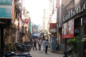 Bomb scare in Delhi's Khan Market