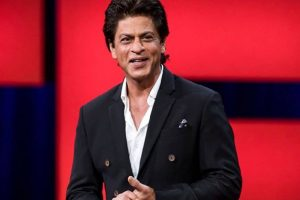 SRK says Imtiaz took him to weird places for food