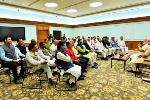 PM urges MPs to devote themselves for peoples' welfare