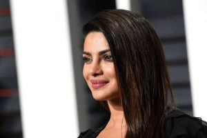 Priyanka to produce American comedy series on Madhuri's life