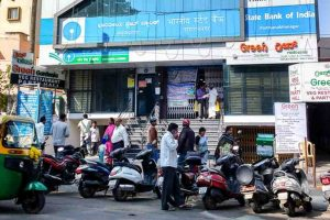 SBI cuts saving account rate by 0.5% on balance upto Rs.1 cr