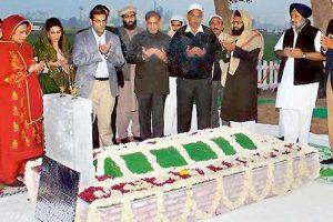 Pak Turmoil: Indian village prays for Sharifs