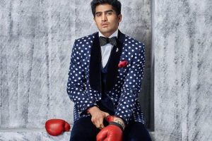Floyd favourite against McGregor, says Vijender