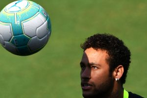 Pele wishes Neymar 'good luck'