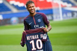 Neymar 'ready' to make PSG debut