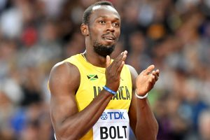 Usain Bolt reaches semi-finals in his last 100m race