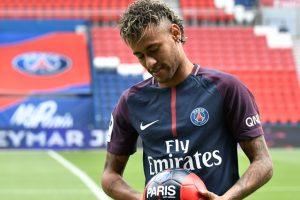Miffed Barcelona won't pay Neymar bonus