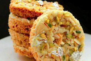 Celebrate Raksha Bandhan with Sweetness of Ghewar