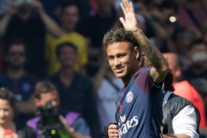 Barcelona to hold Neymar's transfer certificate