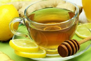 13 benefits of drinking honey-lemon drink