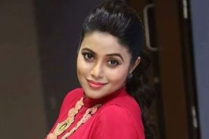 Didn't mind shaving head for 'Kodi Veeran': Poorna