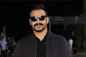Wanted an intense actor like Vivek Oberoi for 'Vivegam'