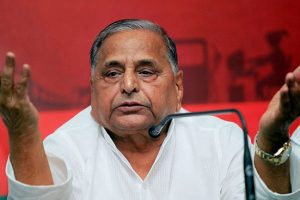 Mulayam denies any controversy in the party