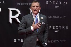 Daniel Craig confirms he's returning as James Bond