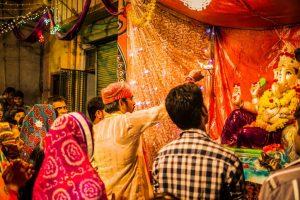 Fadnavis launches 125th year celebrations of Ganesh festival