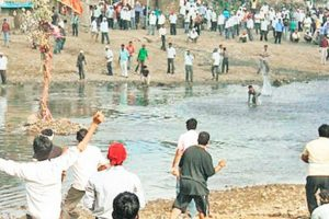 260 injured in stone-pelting at 'Gotmar Fair' in MP