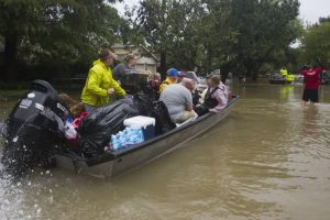 Hurricane Harvey: 311,000 apply for government aid