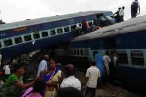 23 dead, 400 injured as 14 coaches derail in Uttar Pradesh