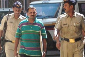 Lt Col Purohit released from Taloja jail after 9 years