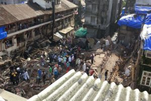 Teenage girl killed in Thane building collapse