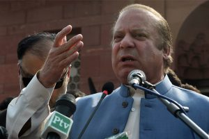 Pak SC to hear on Sept 12 petitions challenging Sharif's disqualification