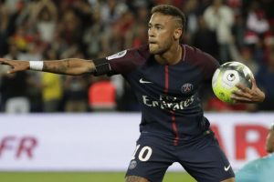 Neymar slams Barcelona bosses after PSG home debut