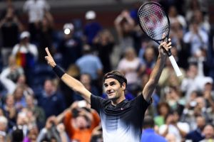 Roger Federer passes 5-set test to advance at US Open