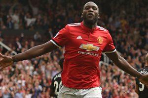 Premier League: Romelu Lukaku powers Manchester United past West Ham United