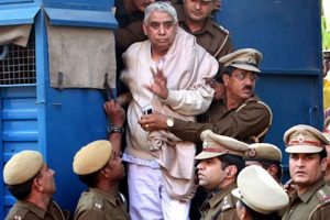 'Godman' Rampal acquitted in two criminal cases