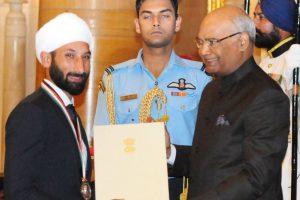 Paralympian Jhajharia, Sardar Singh bask in Khel Ratna glory