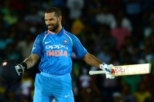 Twitteratis find Shikhar Dhawan's message for Shoaib Malik adorable