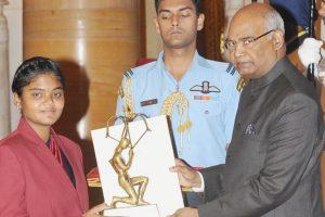 AP CM announces Rs.1 crore to Arjuna awardee archer Surekha