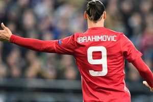 Manchester United star Zlatan Ibrahimovic shows off ripped torso