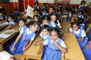 Govt begins issuing notices to schools for not refunding extra fees