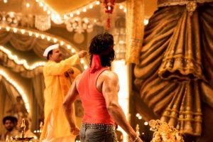 Varun Dhawan unleash his tapori side in the teaser of 'Suno Ganpati Bappa' from 'Judwaa 2'