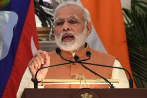 PM Modi congratulates Manohar Parrikar on poll victory