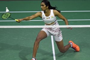 Sindhu enters final, Saina bows out of Badminton Worlds