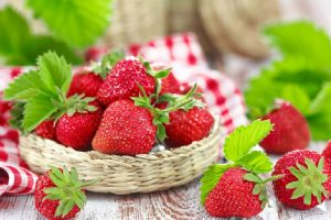 Sweet wild berries for health and beauty