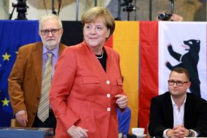 Merkel vows to win back right-wing voters
