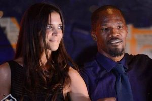 Jamie Foxx, Katie Holmes 'PDA' moments in Malibu