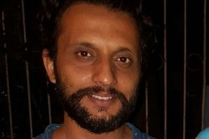 'Thugs of Hindostan' is not a glossy film: Zeeshan Ayyub