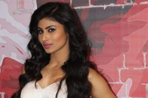 Mouni Roy pays tribute to Madhubala